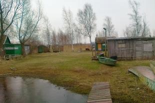 Lauku māja 50 kv/m platībā ar 2,5 ha zemes 600 m no jūras Rucavas pagastā Papē
