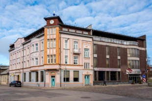 The hotel in Old Liepaja
